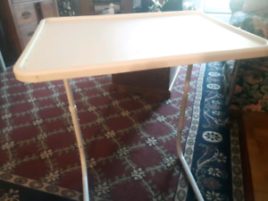 Tv tray stand