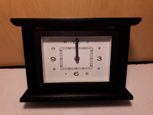 "10"" mantel clock"