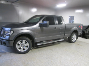 2010 Ford F150 Lariat FX4 Low kms / Trades