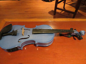 Saratoga 4/4 Acoustic Fiddle with electric Pickup