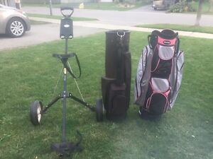 Golf bags and a pull cart  Stratford Kitchener Area image 1