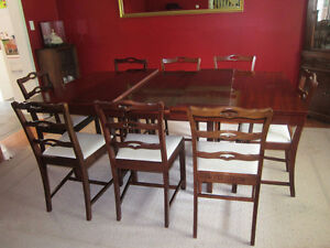Knechtel Dining Room Set With 8 Chairs 2 Corner Cupboards