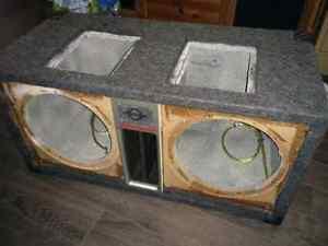 Boite du subwoofer pour 2x speaker 12 pouces