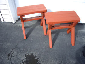 BENCHES WOOD RED