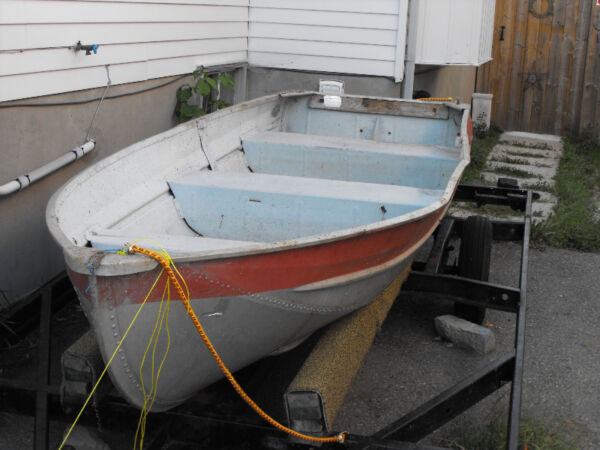 1996 Starcraft 12 Foot Aluminum Fishing Boat-Sterling Edition