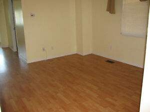 Charming House for Rent Moose Jaw Regina Area image 7