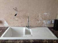 Kitchen sink and monobloc tap