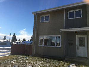 $11,000 less than MLS Pricing! 3 Bedroom Townhouse