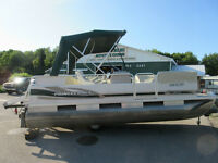 PONTOONS! BOWRIDERS! CRUISER ! SELLING AT AUCTION  SAT JULY 11th