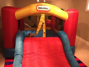 Bouncy castles for rent $$85