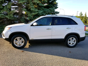 2013 Kia Sorento EX AWD/ 2.4L/ HEATED SEATS/ Clean in Edmonton