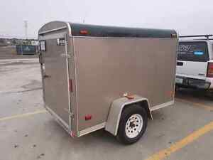 2015 5 x 8 Enclosed Trailer with Shelves