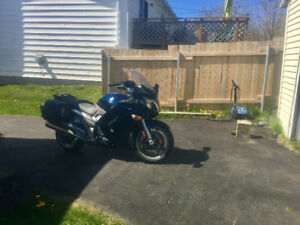 2006 Yahama FJR 1300 in mint condition