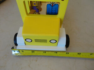 My Little School Bus Wooden Magnetic Toy by Jack Rabbit Creation Kitchener / Waterloo Kitchener Area image 5