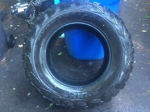 "37"" Kumho Road Venture MT West Island Greater Montréal image 1"