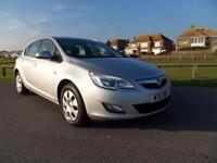 2011 11 VAUXHALL ASTRA 1.6 EXCLUSIV 5D 113 BHP, SILVER 8900 MILES
