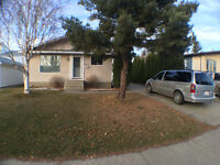 HOUSE FOR RENT WITH FIRST MONTH FREE WITH ONE YEAR CONTRACT