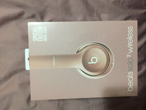 Rose gold Dr. Dre Beats - Wireless