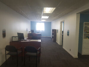 Commercial space For Rent. GREAT LOCATION!!!