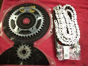 Almost new 530 chain/sprockets