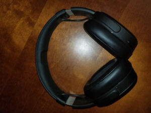 Skull Candy Crusher Wireless MINT CONDITION