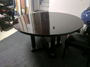 Dining Table Cuisine - Round/Ronde