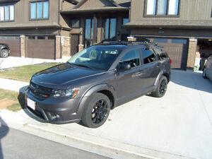 2014 Dodge Journey - Black top