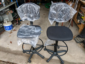 High office / lab chairs *brand new*