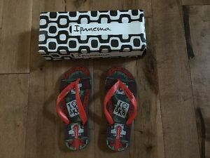 Kids' Flip Flops (Size 13/1 USA) (BRAND NEW)