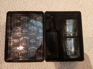 Engraved Jack Daniels Drinking Glasses and Case