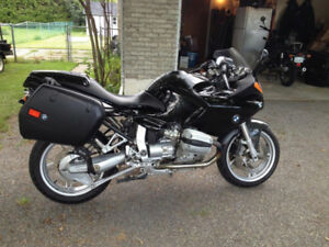 1999 BMW R1100S Sport-Touring Motorcycle