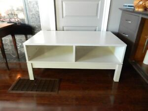 A HEAVY DUTY COFFEE TABLE AND SOME END TABLES