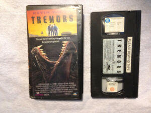 Tremors VHS Kevin Bacon, Fred Ward, Reba McEntire, Michael Gross