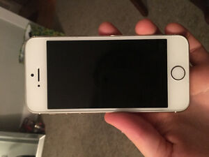 GOOD CONDITION iPhone 5S 16gb