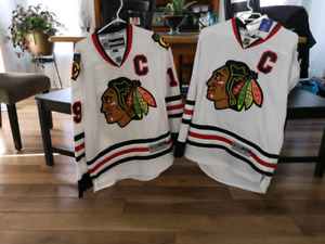Jonathan Toews Hockey Jerseys