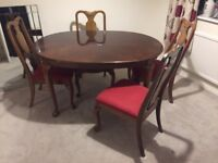 Dining table, extending and 4 oak chairs