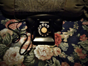 Antique Northern Electric Company Rotary Phone