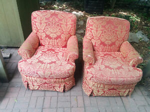 Two chairs ~red