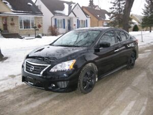2014 SENTRA SR, 30,000 Km, CAMERA, REMOTE AND PUSH START