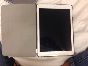 White IPad Air 2