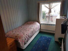 Bognor Regis Double Room (single bed) to rent for 1, 2, 3, 4 weeks in June