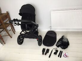 Quinny Moodd in Black Devotion pushchair Great Condition