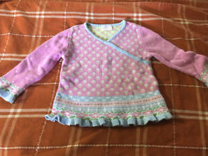 Hanna Andersson sweater size 100 (size 4)