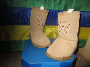 Brand New Columbia winter boots & hand sewn Italian swede boots