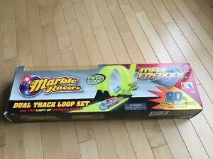 Max Traxx Dual Track Loop Set 20ft glow in the dark