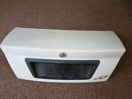 White Holden Commodore Vy SS Boot. Stanford Merthyr Cessnock Area Preview
