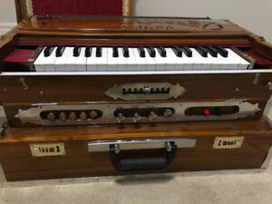 CHANDS HARMONIUM REPAIR. 905 781 0378