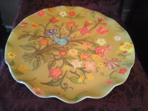DECORATIVE TRAY(S) SET OR WALL PLAQUES