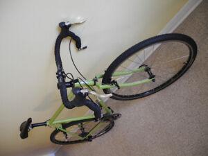 Vélo gravel/pavement/cyclo-cross/tourisme SURLY Cross-Check