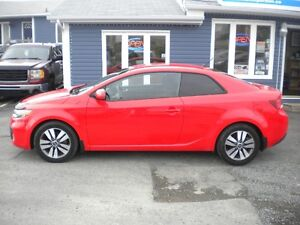 2013 Kia Forte Coupe (2 door)